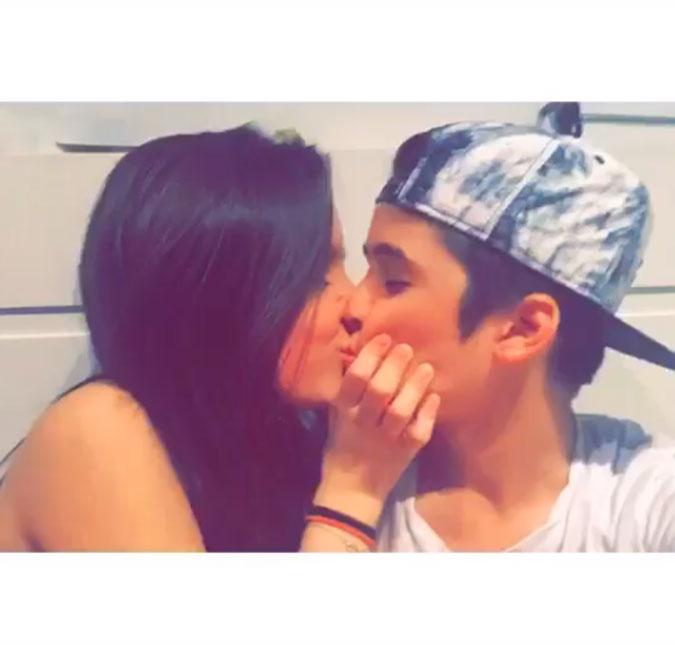 João Guilherme assume namoro com Larissa Manoela em post emocionado ... 586b9a10a5