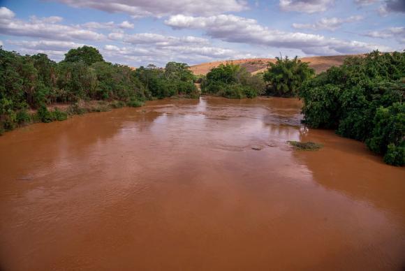 Grito dos Excluídos terá protesto contra rompimento das barragens ...