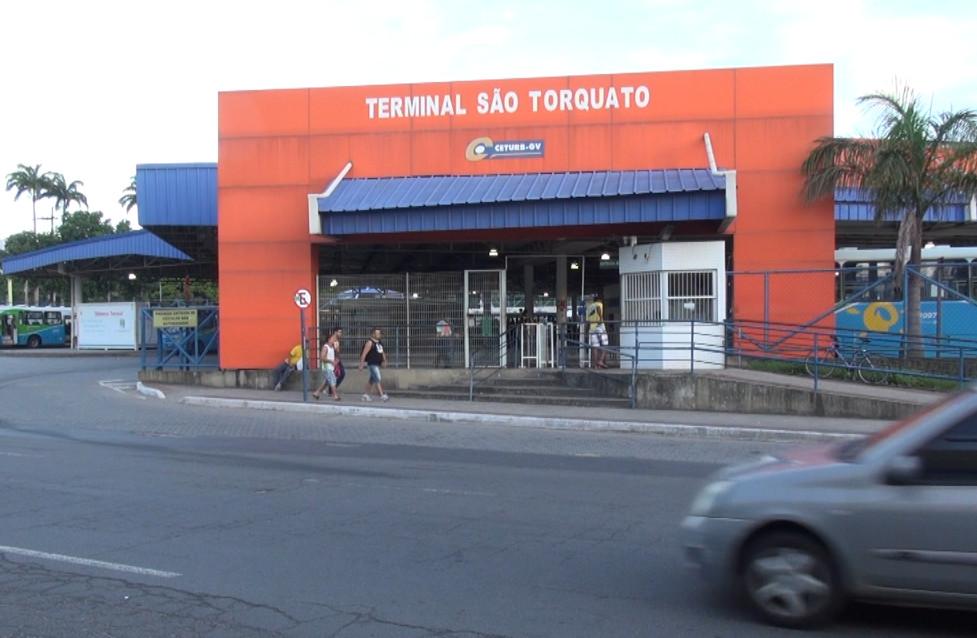 Comerciária é baleada durante assalto dentro de ônibus em Vila ...