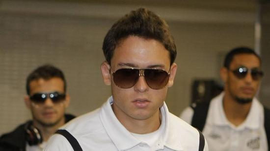 Sem acerto com clube tailandês, Keirrison volta para o Brasil