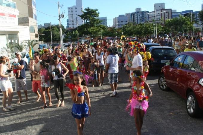 flores jardim camburi:Bloco estreia em Jardim Camburi e arrasta foliões mirins – 24Brasil