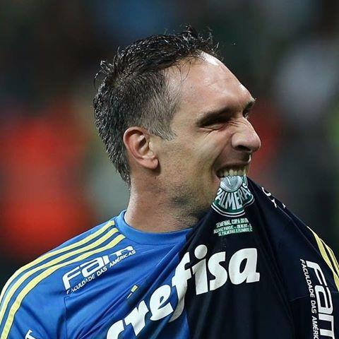 Fernando Prass exige comprometimento dos jogadores do Palmeiras