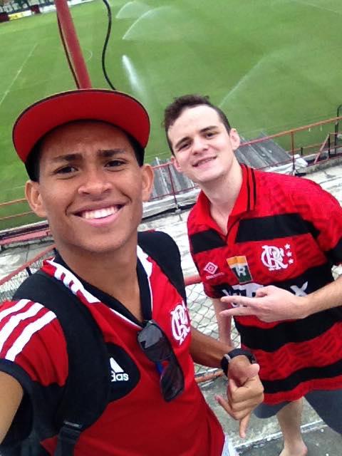 Vai ao jogo do Flamengo no Klebão? Envie sua foto para o Folha ...