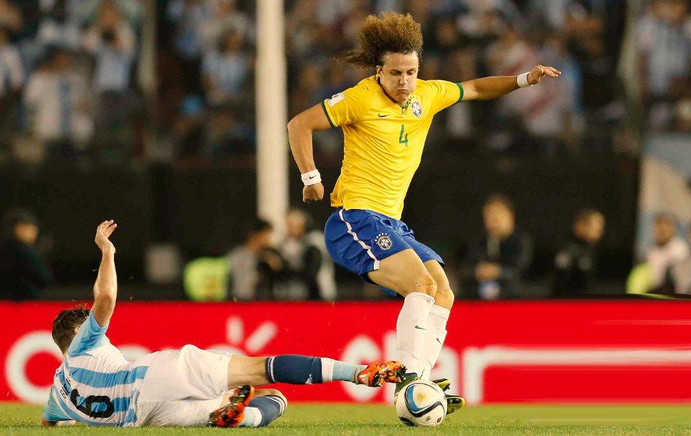 David Luiz se diz um 'cara de sorte' por volta ao Chelsea e mira 1º ...