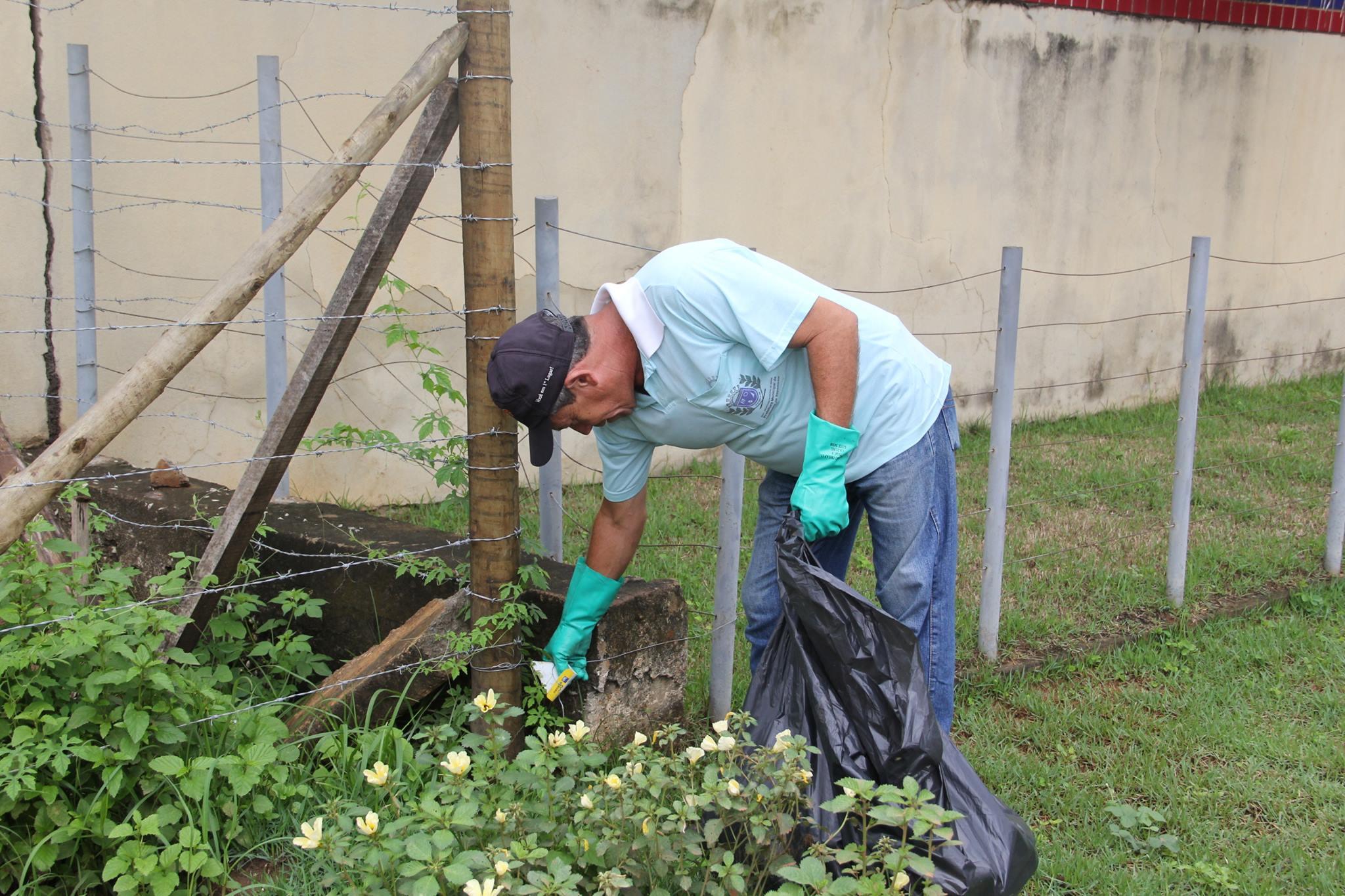 Universitários se unem contra a dengue em Cachoeiro | Folha Vitória
