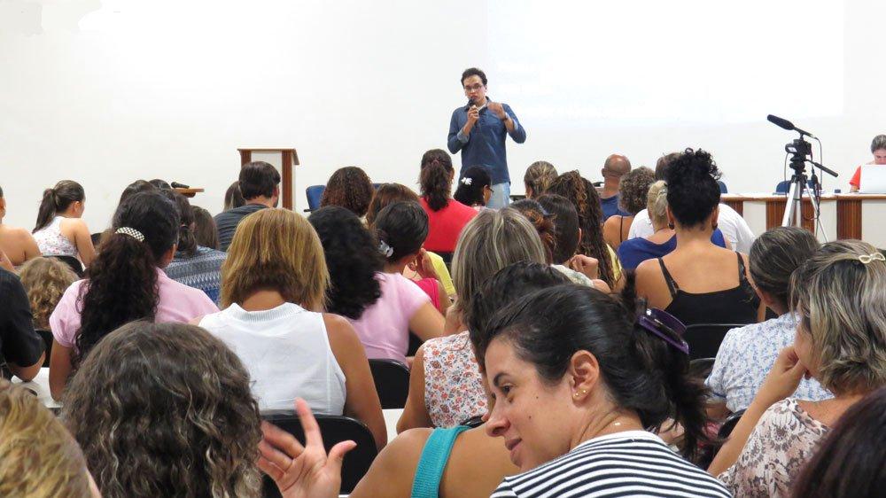 Servidores de Vitória e Vila Velha prometem entrar em greve nesta ...