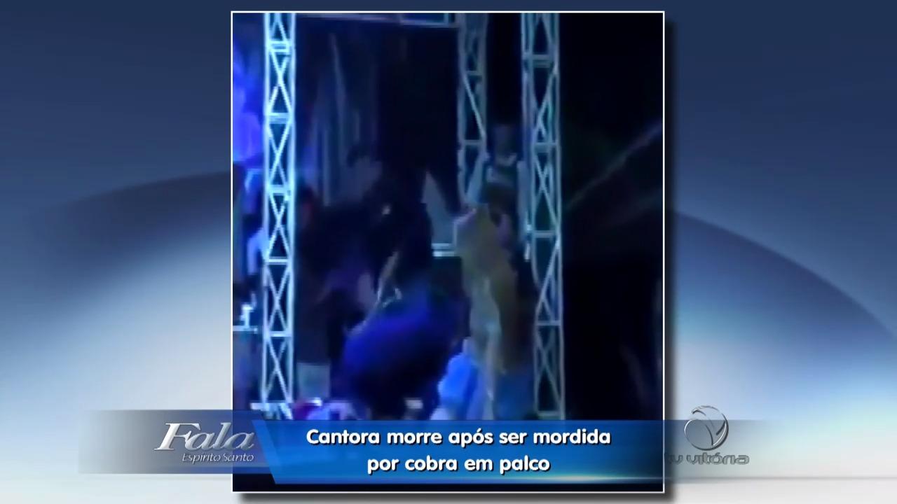Cantora morre após ser picada por cobra em palco | Folha Vitória