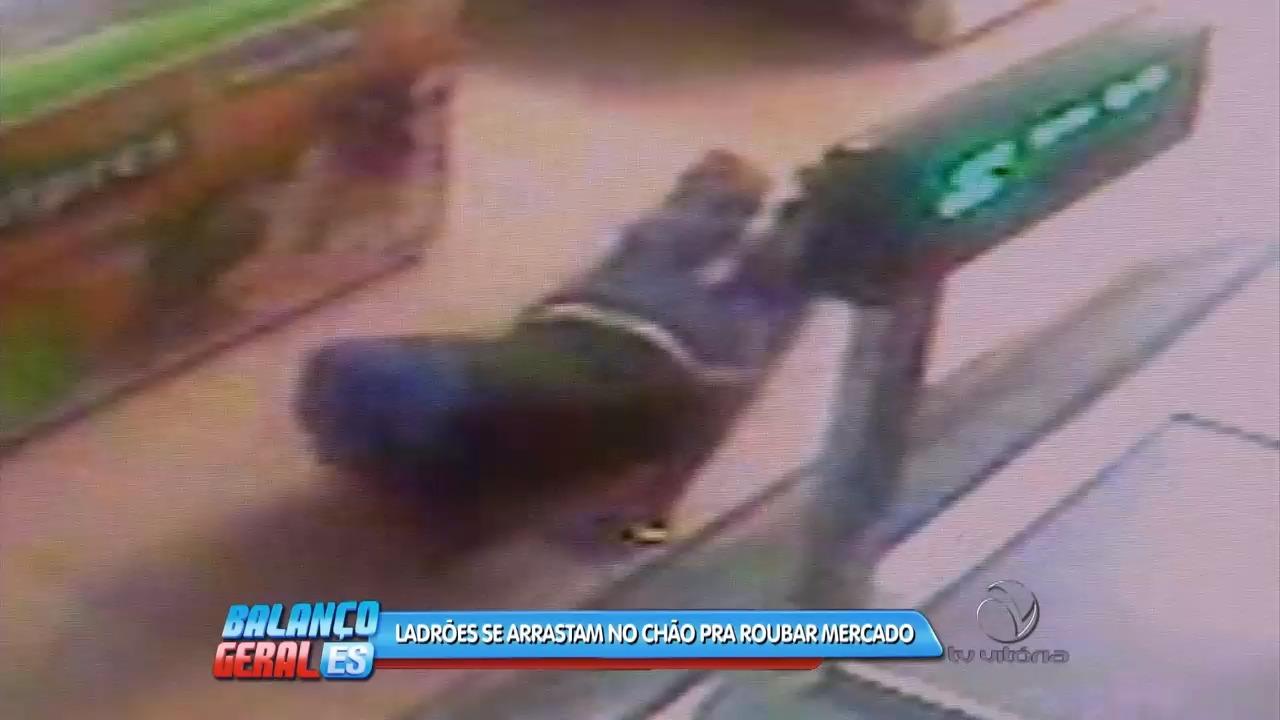 Ladrões são flagrados roubando mercado | Folha Vitória