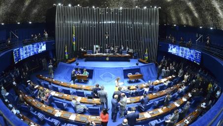 Constitucionalidade da PEC das novas eleições divide opiniões de ...