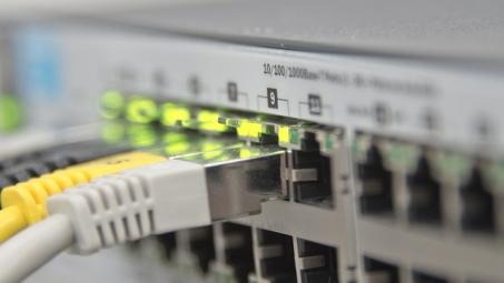 Anatel faz consulta sobre limite de banda larga | Folha Vitória