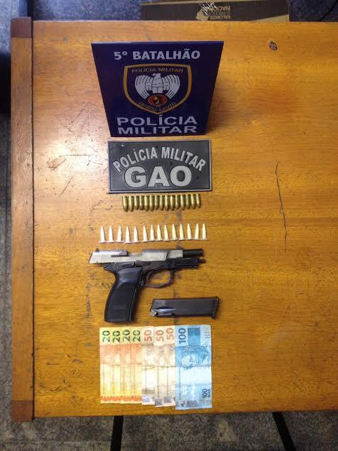 Polícia apreende arma, munição e drogas com dois jovens em ...