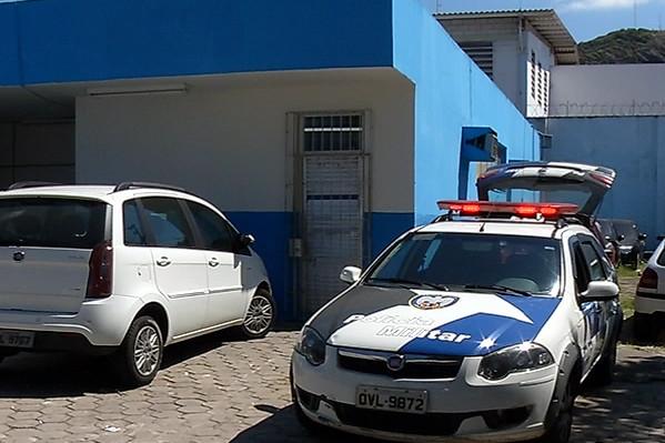 Mulher é acusada de esfaquear o marido por ciúmes em Vila Velha ...