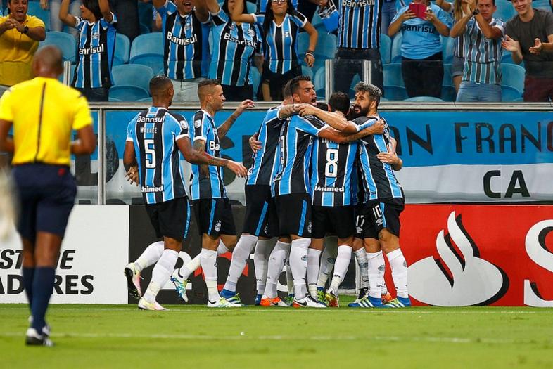 Classificado, Grêmio encerra fase de grupos com vitória sobre o ...