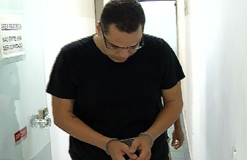Após ser preso com carro roubado em Vila Velha, homem esconde ...