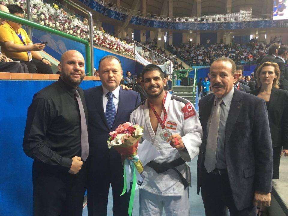 Judoca capixaba é medalha de prata em Campeonato Asiático ...