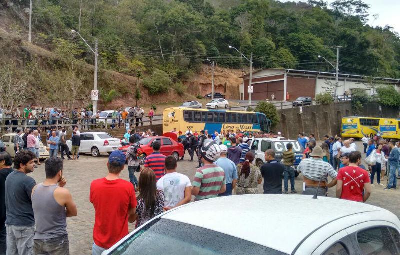 Homem morre durante troca de tiros com a polícia em Santa Teresa ...