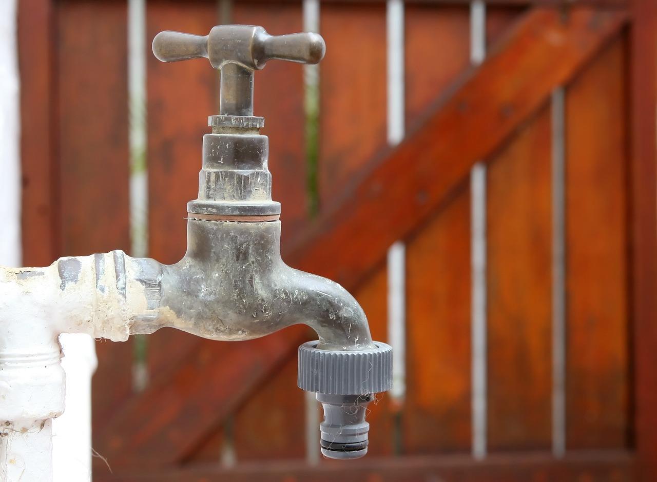Confira a lista de bairros onde haverá racionamento de água na ...