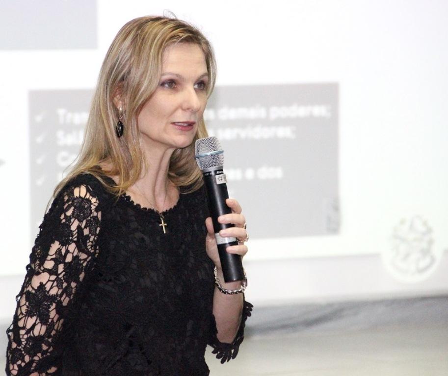 Ana Paula Vescovi é nomeada secretária do Tesouro Nacional ...