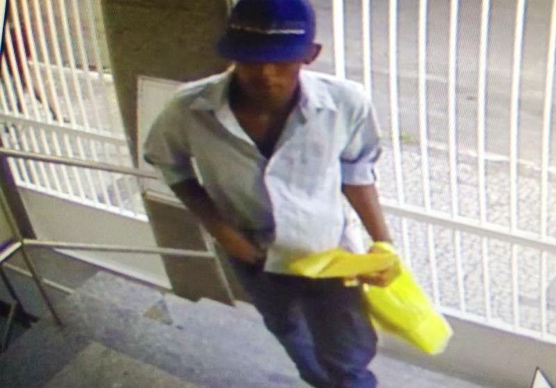 Bandido rende funcionários e faz a 'limpa' em igreja de Vila Velha ...