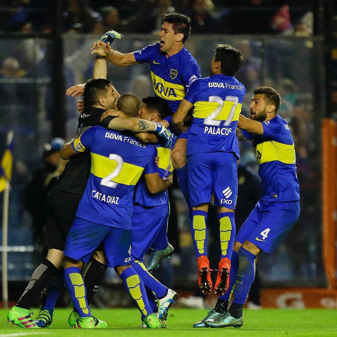 Boca Juniors sofre, mas bate Nacional nos pênaltis e vai à semi da ...