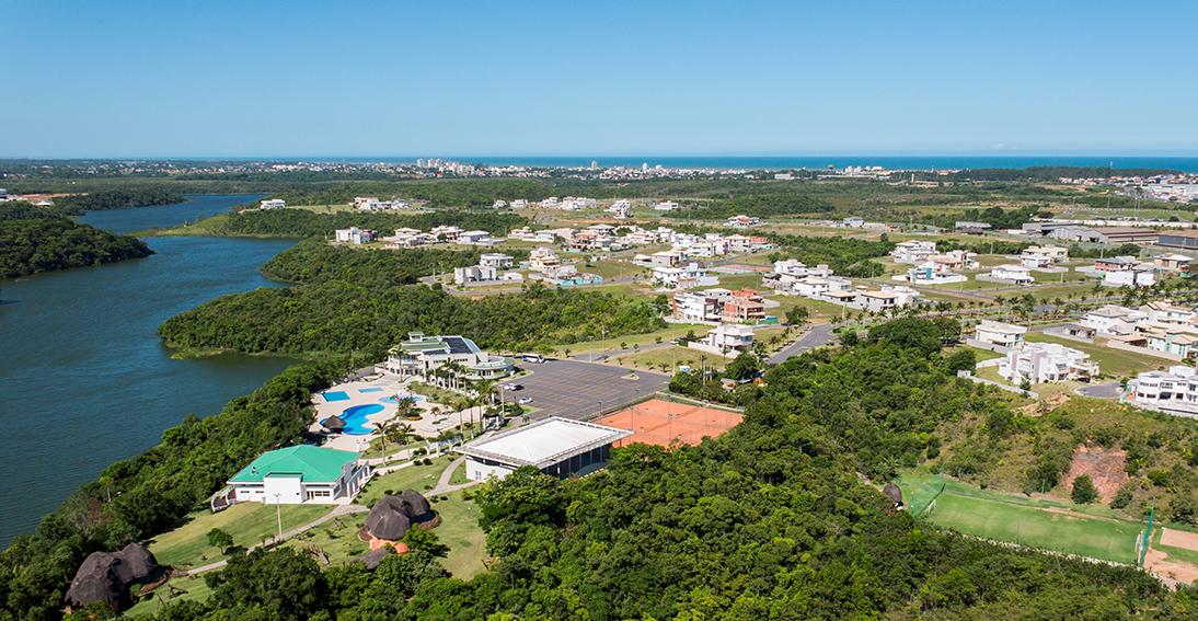 Áreas de lazer amplas se destacam em condomínios horizontais ...