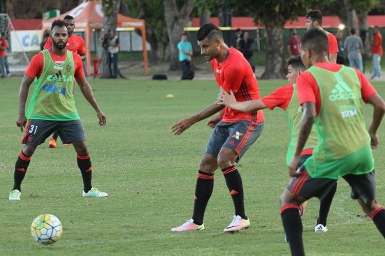 Derrota aumenta pressão, mas Jayme elogia atuação do Flamengo ...