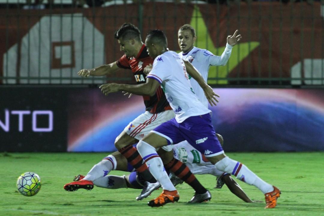 Flamengo decepciona, perde de novo para o Fortaleza e dá adeus ...