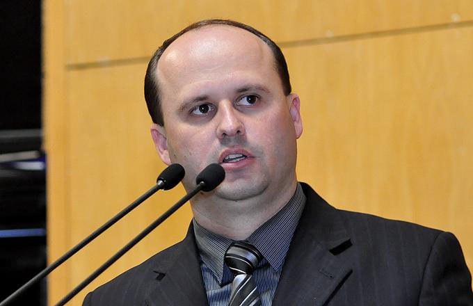 Justiça afasta prefeito e secretário de São Gabriel da Palha por ...