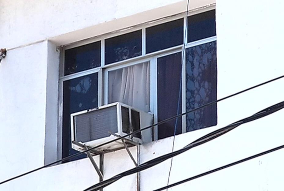 Menina de três anos cai do terceiro andar de prédio em Vitória ...