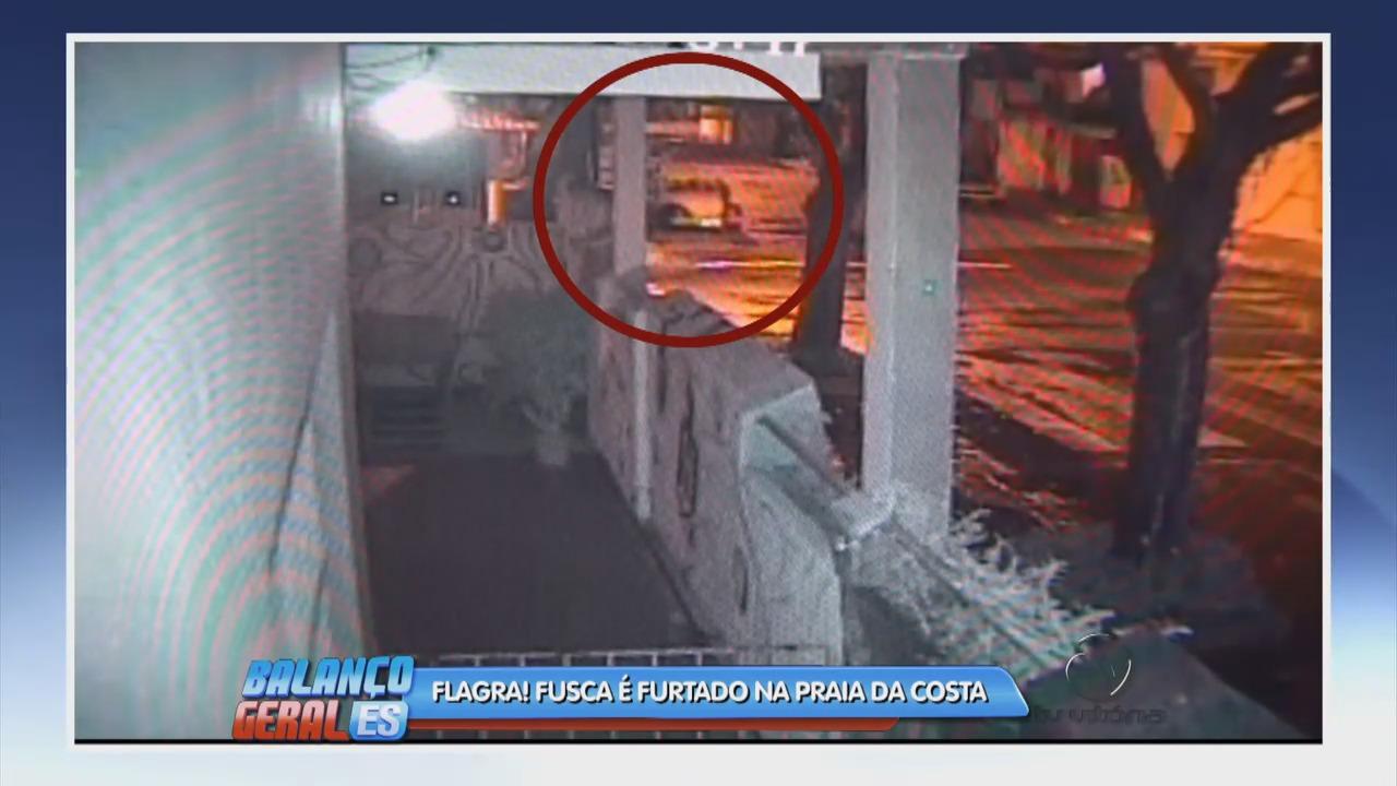 Câmera flagra fusca sendo furtado na Praia da Costa | Folha Vitória