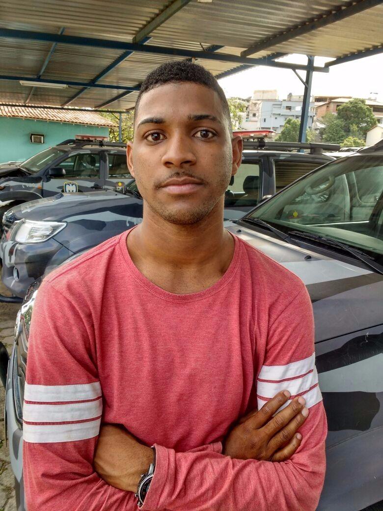 Azedou: Jovem é detido ao entregar marmita no Batalhão de ...