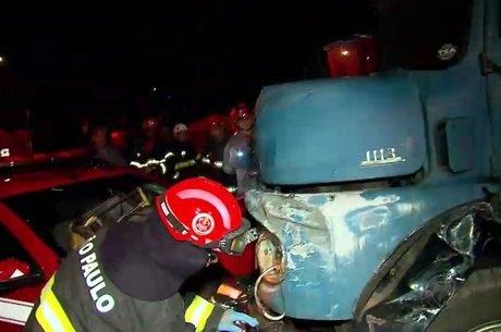 Já são 18 os mortos em acidente com ônibus que levava ...
