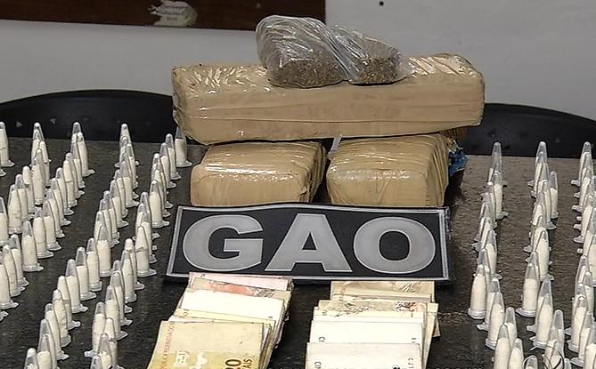 Grupo é preso com mais de 2kg de droga para ser comercializada ...