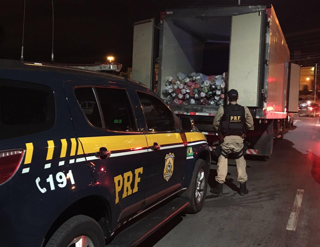 Homem é preso com caminhão lotado de tecidos roubados no sul ...