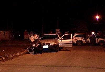 Homens são assassinados dentro de carro em Cariacica | Folha ...