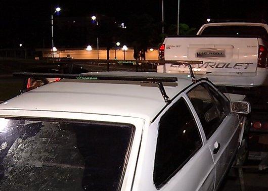 Polícia descobre desmanche de carro e três acabam presos na Serra