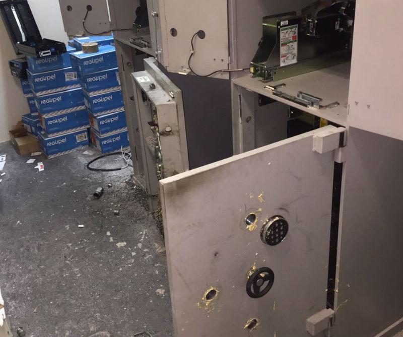 Suspeitos de arrombar caixas eletrônicos ostentavam mansões e ...