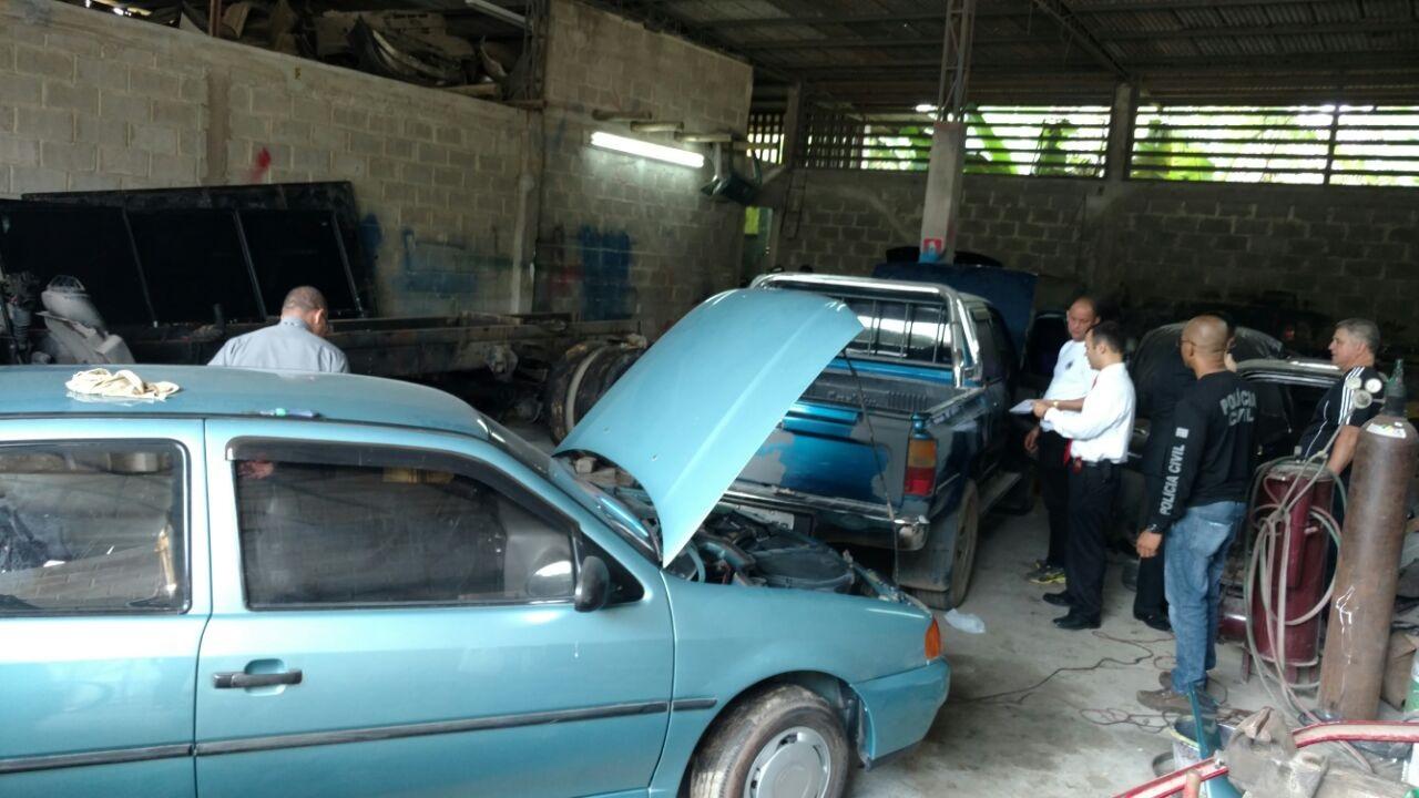 Polícia Civil descobre desmanche de carros roubados em Cachoeiro