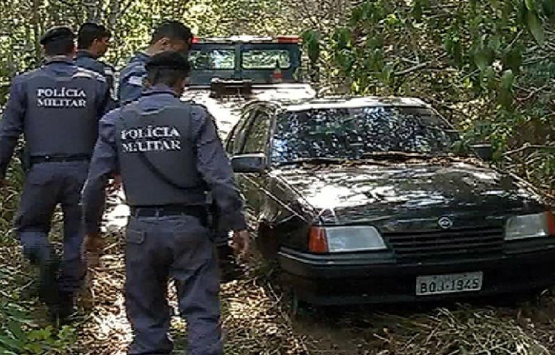 Polícia descobre 'cemitério' de carros roubados em área isolada na ...