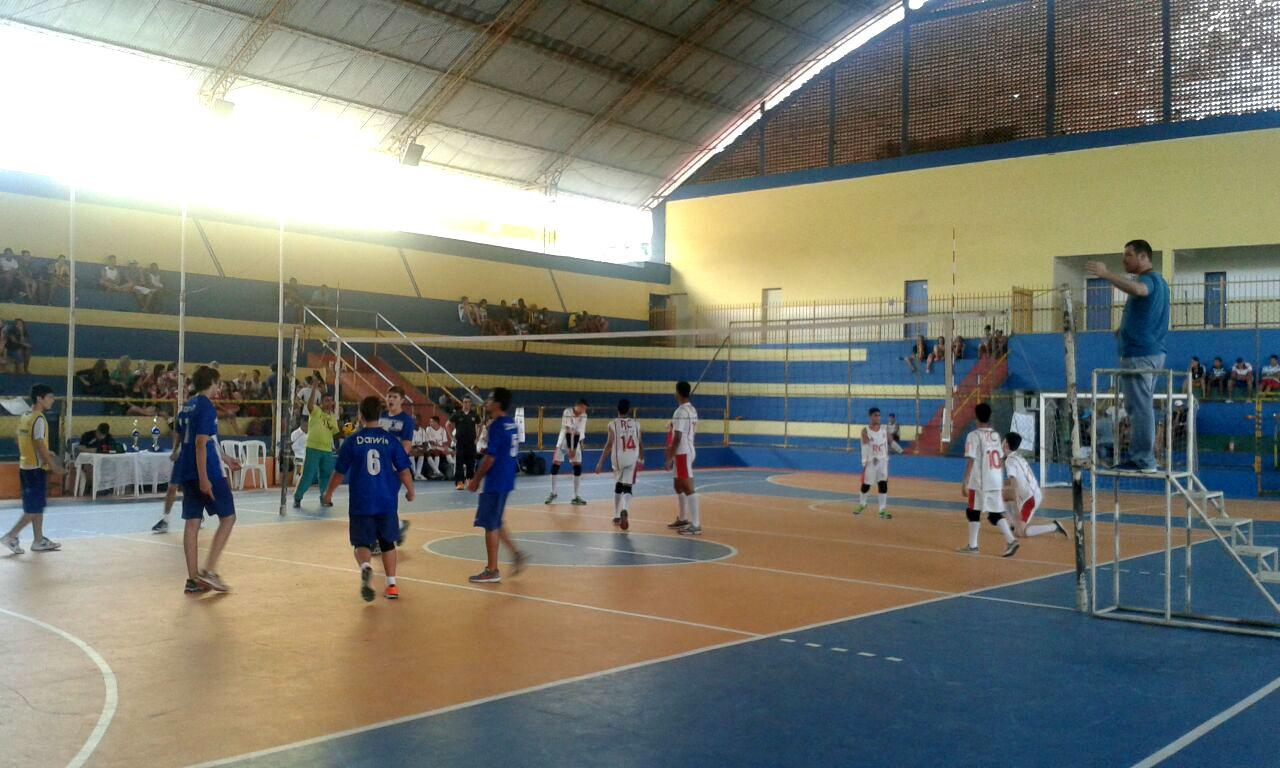 Cerca de 90 equipes, masculinas e femininas, estão inscritas para disputas das diversas modalidades