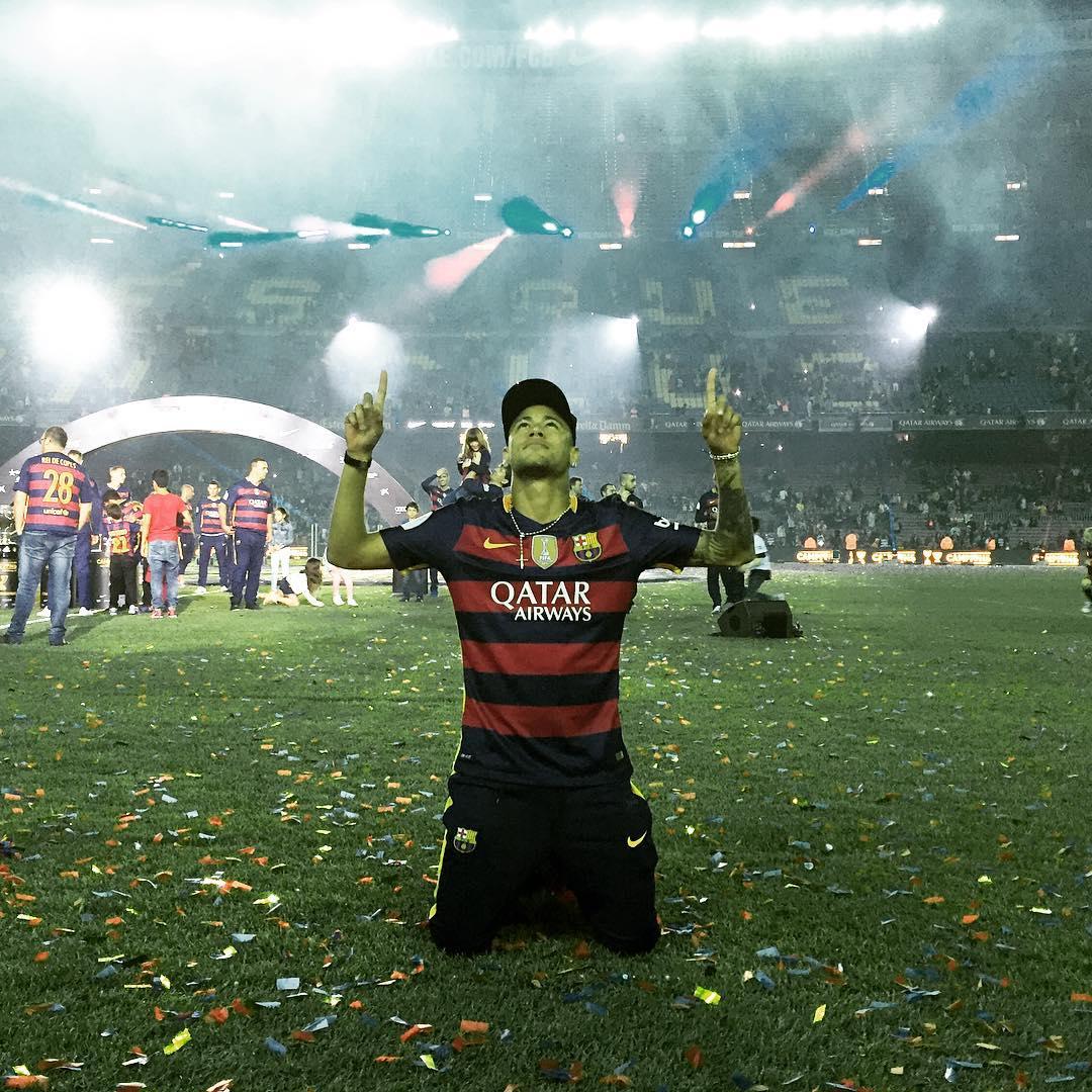Barça diz que Neymar renovará por 5 anos e anuncia reforço de 25 ...