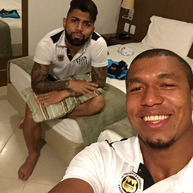 Após boa estreia em Cariacica, Rodrigão evita falar em titularidade ...
