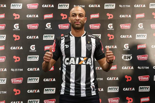 Novo reforço do Atlético- MG, Ronaldo 'aposenta' sobrenome e diz ...