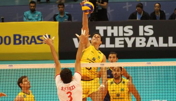 Brasil se recupera de derrota e vence o Irã na Liga Mundial de vôlei ...