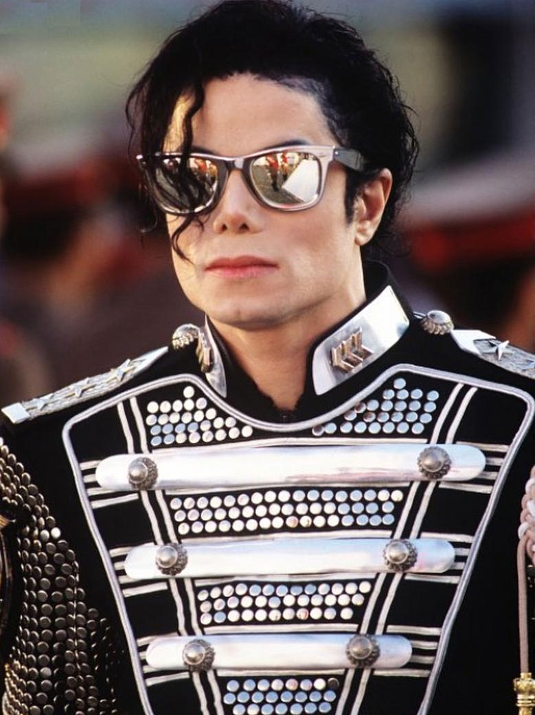 Médico de Michael Jackson faz revelações chocantes sobre o cantor