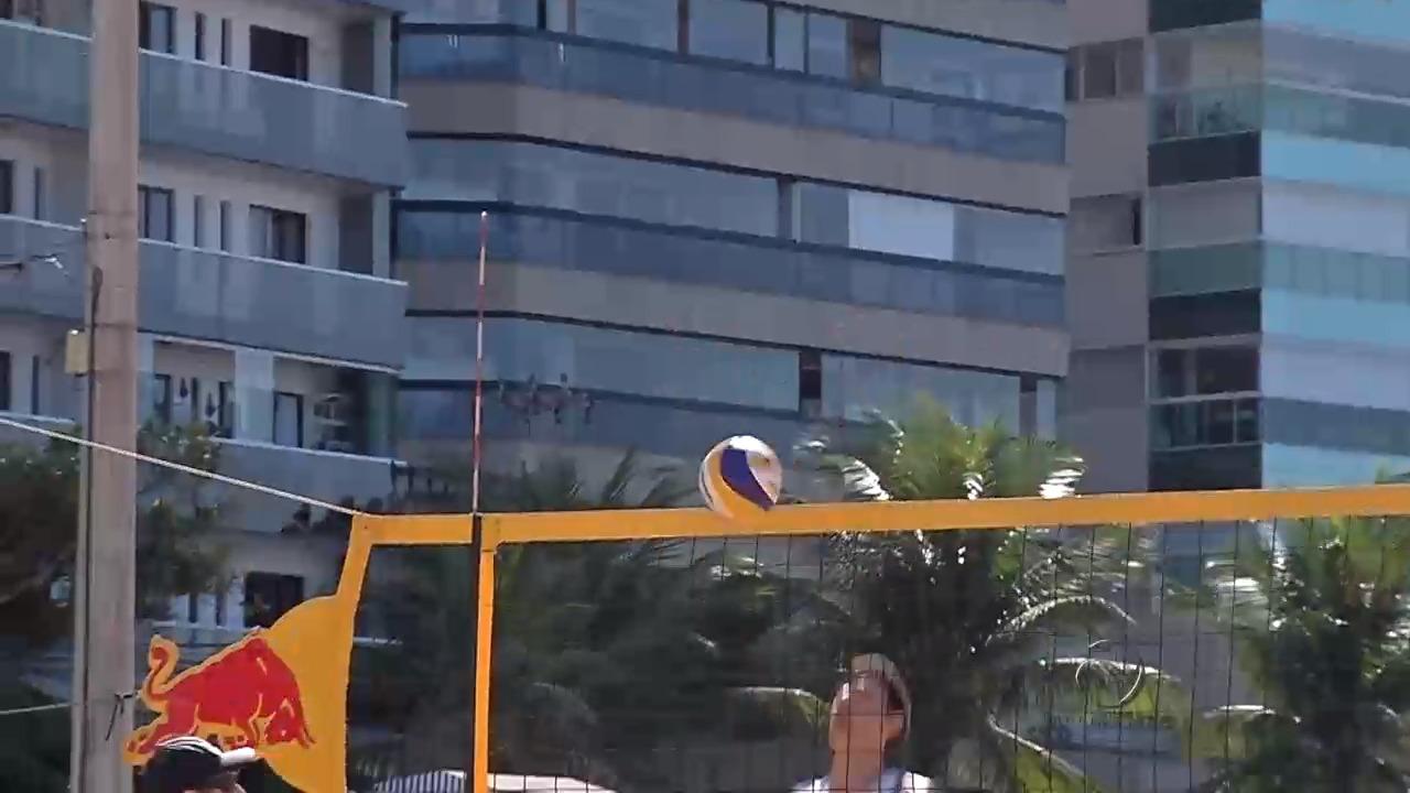 Dupla de vôlei de praia favorita ao ouro treina no Espírito Santo ...