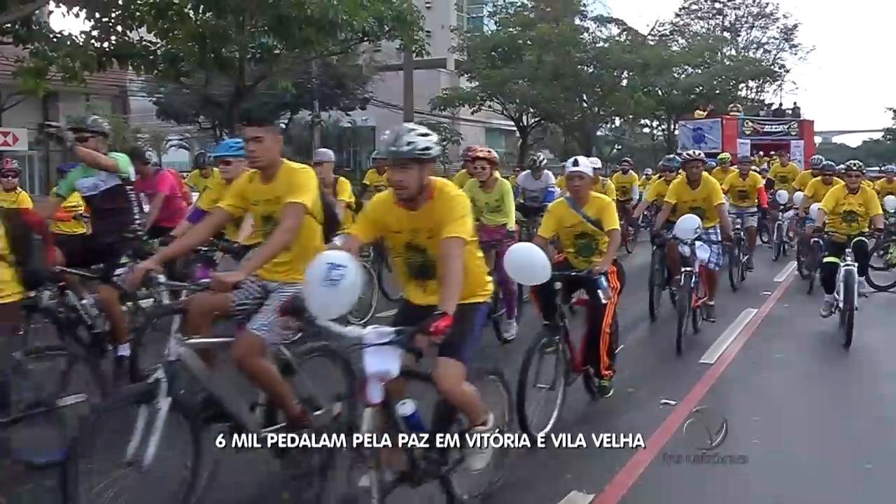 Mais de seis mil pessoas pedalam em prol de campanha pela paz ...