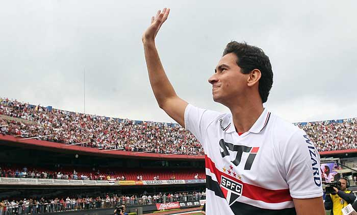 Ganso está fora do São Paulo e deve acertar com o Sevilla da ...