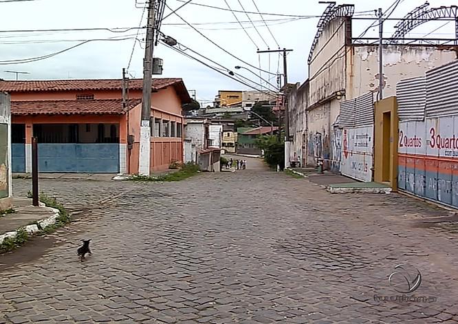 Suspeito de assalto é morto por agente penitenciário em Vila Velha ...