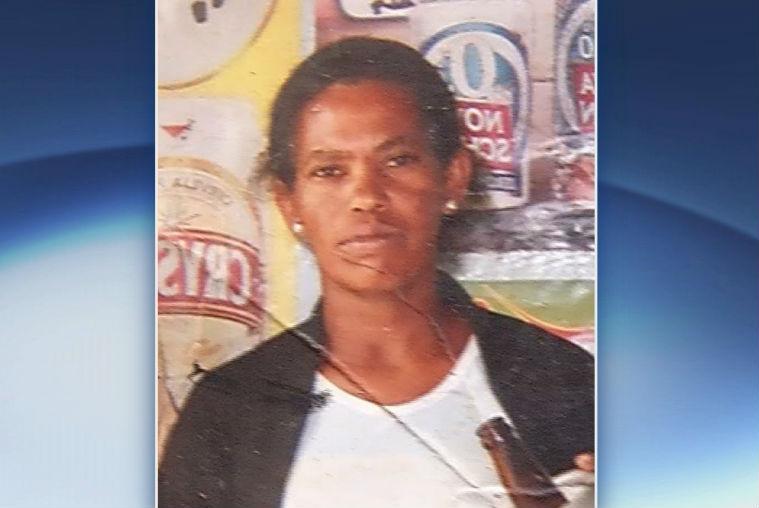 Filhas de mulher morta a facadas pelo namorado em Cariacica ...
